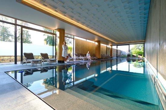 Naxhelet golf club hotel wanze voir les tarifs 51 for Piscine wanze