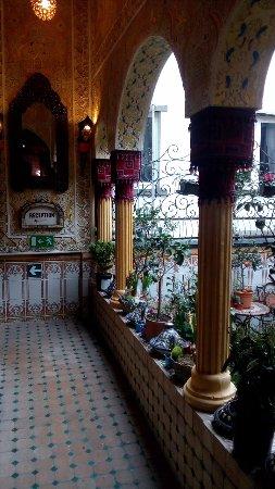 Hotel Mozart: Patio