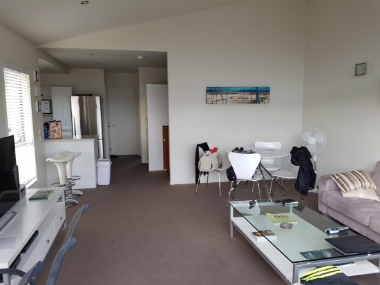 Oceans Resort Whitianga: 20170326_090518_large.jpg