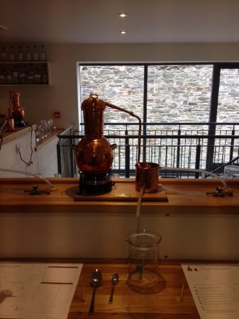 Salcombe, UK: Our distilling station... where creativity takes place!