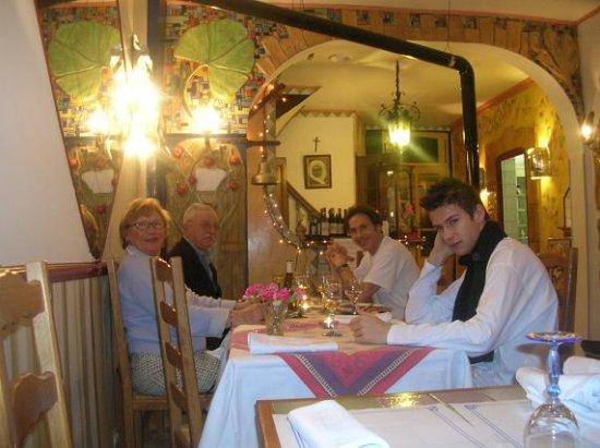 Etaples, France: en famille dans notre restaurant