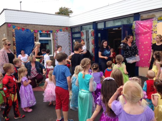 Washington, UK: Superhero and Princess Party