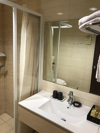 Grand Earl Hotel: photo3.jpg
