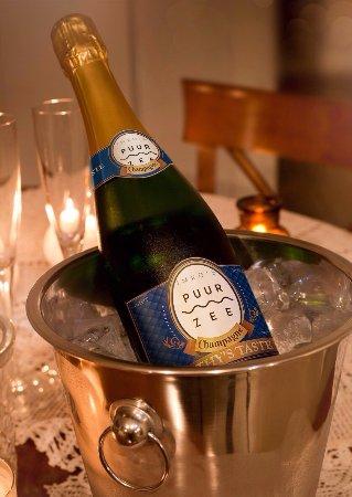 Wijk aan Zee, Países Bajos: Le Champagne