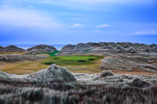 Balmedie, UK: 13th Hole - Trump International Golf Links, Scotland