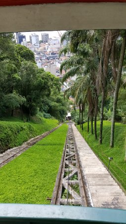 Monte Serrat: Descida pelo Funicular