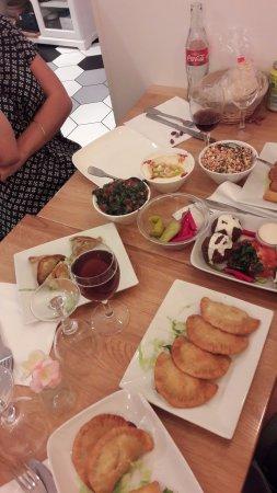 Antony, Francia: Falafal, salades, houmous...