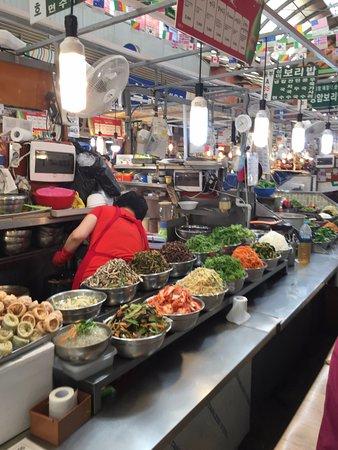 Gwangjang Market : 廣藏市場內