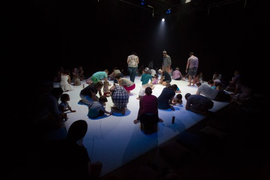 Gulbenkian Theatre : Doodle Dance Show at bOing! International Family Festival 2016