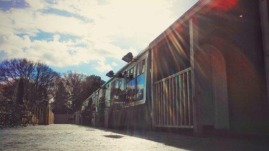Staplecross, UK: The Railway Tavern on a lovely day
