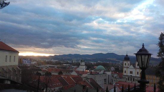 Trencin, Slovakia: krásny výhľad na mesto aj so západom slnka :)