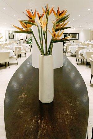 Delia's Restaurant & Bar: Servery