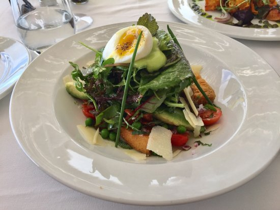 Kalk Bay, Afrika Selatan: Stunning meal with great views!