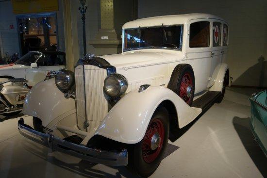 Autoworld: Old Ambulance car