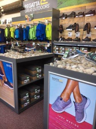 Otterburn, UK: Footwear for men, women and kids