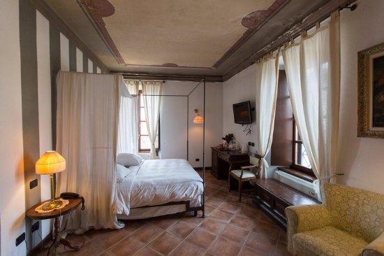 Tenimento Al Castello: Camera Al Castello di SIllavengo