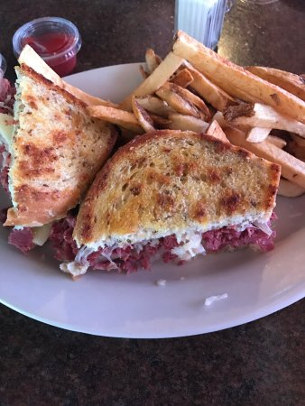 North Canton, OH: Reuben and Fresh Cut Fries