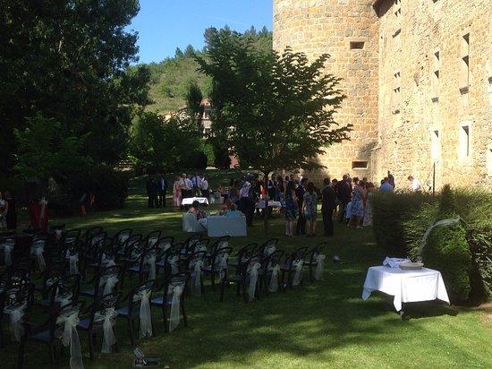Couiza, Γαλλία: vin d'honneur dans le parc