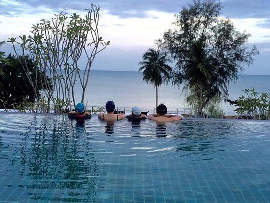 Seanery Beach Resort
