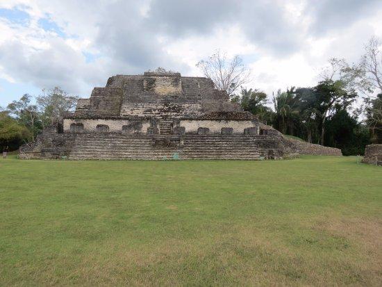 Belize District, Belize: Temple of Sun God, logo of Belikin Beer