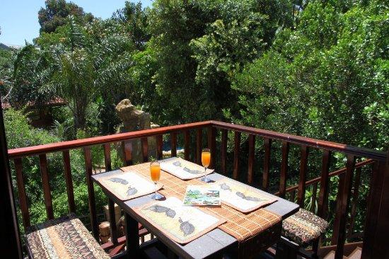 Littlewood Garden: Sunbird Cottage Balcony