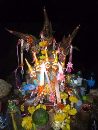 Prachuap Khiri Khan, Tailandia: ??? am Ende der Höhle kurz vor dem...