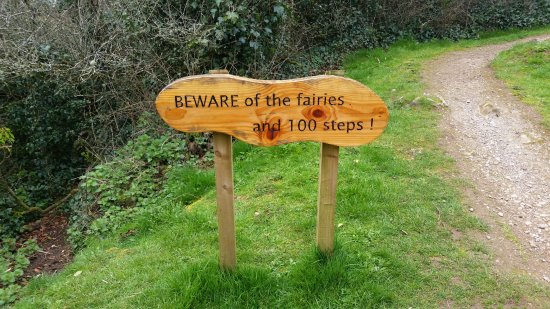 Lough Gur Visitor Centre: Beware of the fairies and 100 steps!
