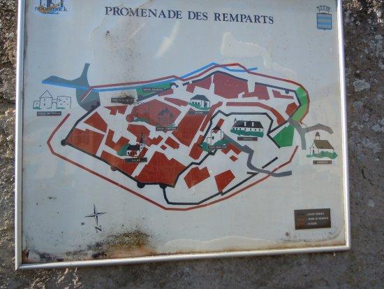 La Porte Vue De Lintérieur Picture Of La Citadelle De Rodemack