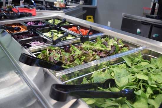 Menomonie, WI: Deli Salad Bar open daily.