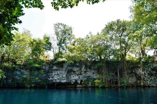 Кабарет, Доминикана: El Dudu - Blue Lagoon