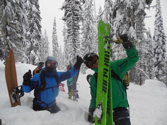 Nelson, Kanada: 素晴らしいロケーションと深い雪を堪能