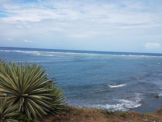 Dieppe Bay: карибское море и антлантический океан встречаются