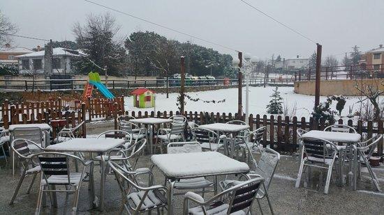 Manzanares el Real, Spain: La terraza nevada