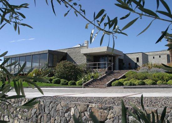 Saurus Restaurant : Bodega Familia Schroeder