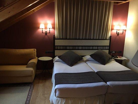 Hotel Valle de Izas: photo0.jpg