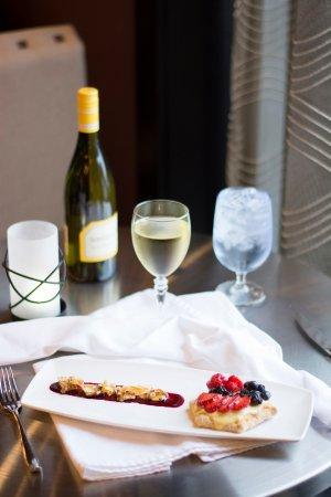 Canonsburg, PA: Delicious and colorful dessert menu