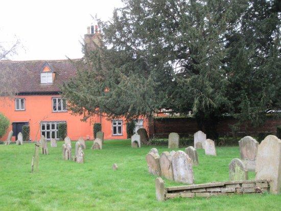 Framlingham churchyard