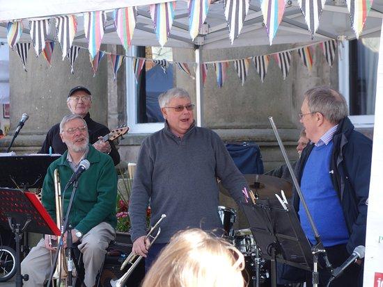 Macclesfield, UK: Great musicians!