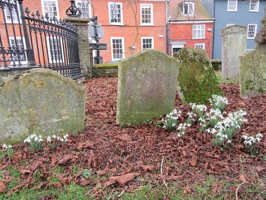 Framlingham churchyard, overlooking the main road