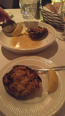 Hauppauge, NY: Baked clams