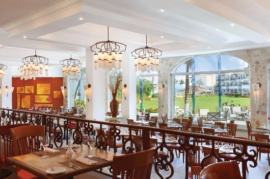 Spice - Enjoy nouvelle cuisine in a casual, yet elegant atmosphere at The Royal