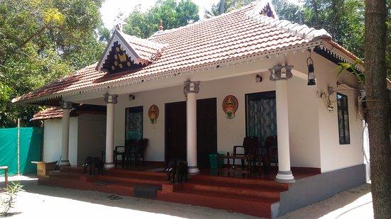 Marari Babu Homestay
