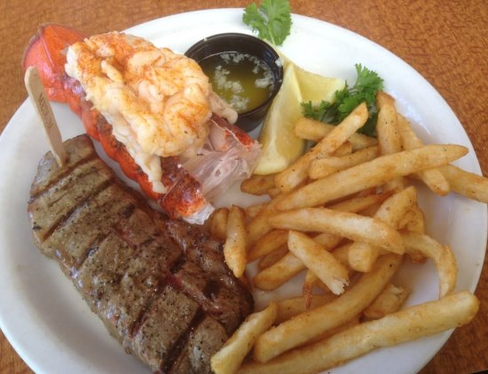Hanford, CA: Steak and Lobster
