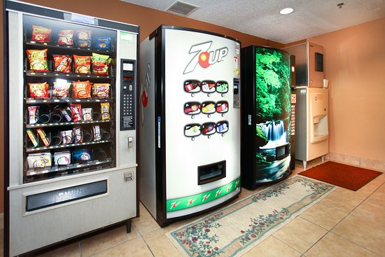 Fairview Heights, IL: Vending Area
