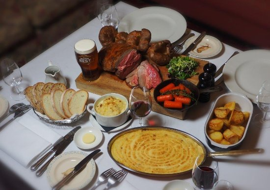 Ducks Inn - The Bar: Sunday Roast (pre orders)