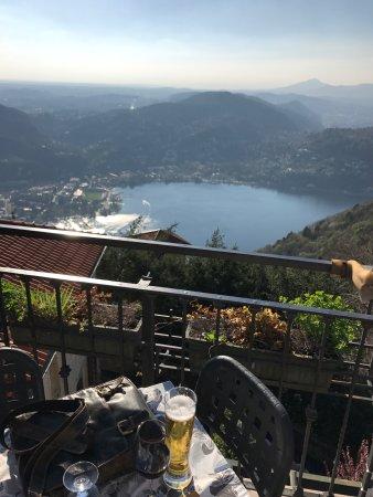 Brunate, Ιταλία: photo0.jpg