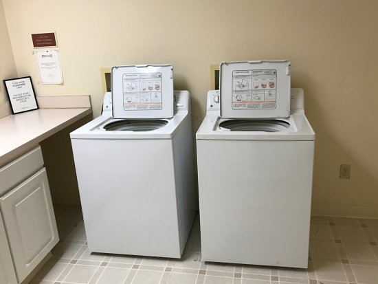 CrestHill Suites Albany: Complementary Laundry amenities