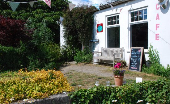 St Keverne, UK: Fat Apples Cafe
