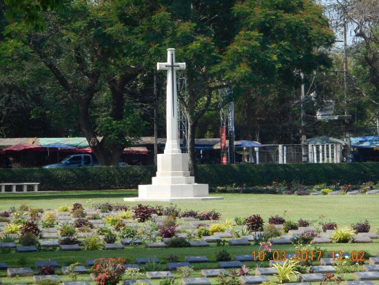 Soldatenfriedhof in Kanchanaburi: photo7.jpg
