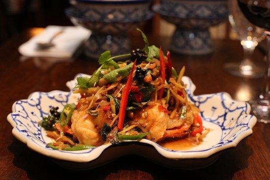 Baan Thai Ballsbridge: Healthy and Spicy Jumbo Prawn Stir Fry with Fresh Lemongrass and Thai Herbs